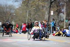 De rolstoel en de Raceauto's Handcycle namen aan Th deel Stock Foto