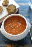 De roomsoep van de Tomatoecourgette stock foto's