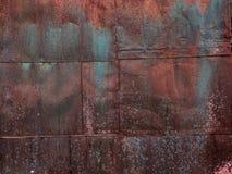 De rostiga metallarken Mångfärgad rost royaltyfria foton