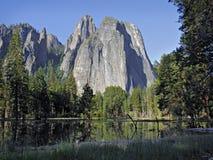 De Rots van de kathedraal in Yosemite royalty-vrije stock fotografie