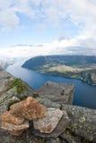 De rots van de preekstoel in Noorwegen Stock Foto's