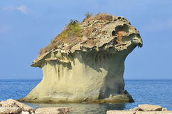 De rots van IL Fungo op Ischia eiland Royalty-vrije Stock Foto's
