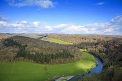 De Rots van Symondsyat in de Yvallei en het Bos van Dean Stock Afbeeldingen