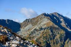 de rotsachtige mening van het berg piekgebied in Slowakije Stock Afbeelding