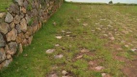 De rotsachtige vloer en het landschap stock videobeelden