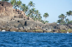 De rotsen en de kust van Unawatuna, Sri Lanka Stock Afbeeldingen