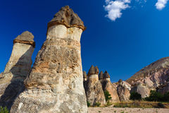 De rotsen van Bizzare in Cappadocia, Turkije Stock Afbeeldingen