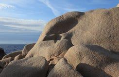 De rotsen van het graniet, testa Capo Royalty-vrije Stock Fotografie