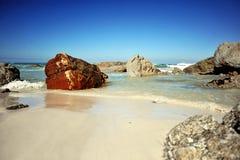 De Rotsen van het strand Royalty-vrije Stock Afbeelding