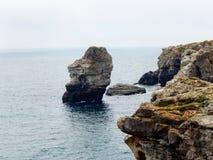 De rotsen van Tyulenovo Stock Foto