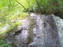 De rotsen? wat zij onderaan daar hebben gedaan? Stock Foto