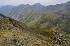 De rotsenbovenkant van de bergenvallei Royalty-vrije Stock Fotografie