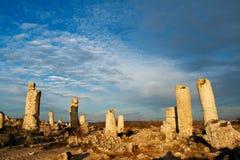 De rotsvormingen van het fenomeen. Rechte steen royalty-vrije stock fotografie