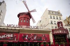 De Rouge van Moulin in Parijs, Frankrijk Stock Fotografie