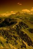 De route van de rand in Alpen Stock Afbeeldingen