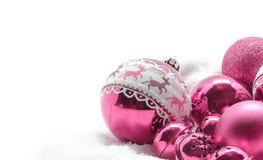 De roze ballen van Kerstmis Het concept van de winter Vrolijke Kerstkaart Ruimte voor tekst Stock Foto