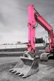 De roze Emmer van het Graafwerktuig stock afbeelding
