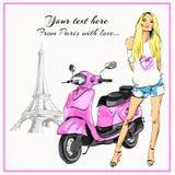 De roze fiets Parijs van het blondemeisje Stock Foto