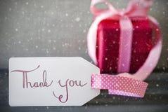 De roze Gift, Kalligrafie, Tekst dankt u, Sneeuwvlokken Royalty-vrije Stock Fotografie