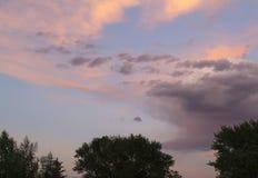 De roze Hemel van de Wolkenzonsondergang Royalty-vrije Stock Afbeelding