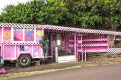 De roze kiosk in Maui Stock Foto's