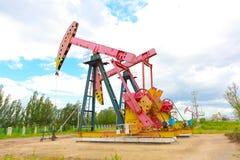 De roze van de het booreilandenergie van de Oliepomp industriële machine Stock Foto