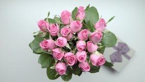 De rozen en stelt voor stock videobeelden