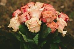 De rozenboeket van het de lentehuwelijk Stock Foto's