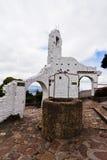 De Ruïnes en goed Bogota Colombia van Monserrate stock foto's