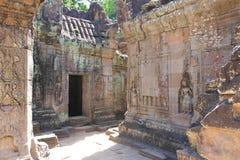 De ruïnes van Angkorthom stock afbeeldingen