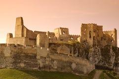 De ruïnes van Beckov Stock Foto's