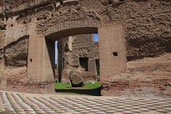 De ruïnes van de Baden van Caracalla in Rome stock afbeeldingen