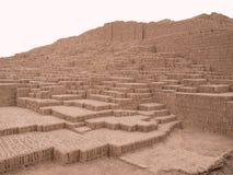 De ruïnes van de piramide in Lima, Peru stock afbeelding