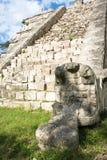 De ruïnes van de tempel in Chichen Itza, Mexico. Stock Afbeeldingen
