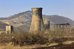 De ruïnes van de zware industrie stock afbeeldingen