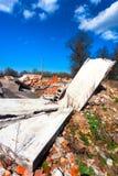 De ruïnes van een buitenhuis Stock Afbeelding