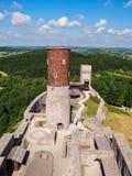 De ruïnes van een middeleeuws kasteel Stock Afbeelding