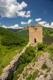 De ruïnes van het Coltestikasteel stock afbeeldingen