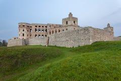 De ruïnes van het de kasteelkruis en Bijl Royalty-vrije Stock Afbeeldingen