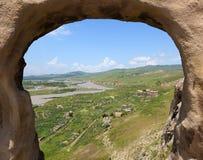 De ruïnes van het dorp hollen dichtbij stad Uplistsikhe uit. Georgië. Royalty-vrije Stock Fotografie