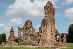 De ruïnes van het kasteel royalty-vrije stock afbeelding