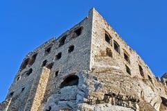 De ruïnes van het kasteel in Ogrodzieniec, Polen stock afbeeldingen