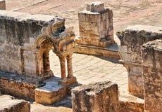 De ruïnes van het klooster van Kerstman Clara Velha in Coimbra Stock Afbeelding