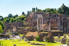 De ruïnes van het Roman Forum in Rome Stock Foto