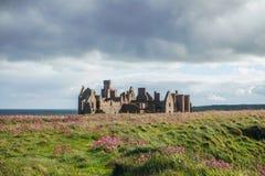 De ruïnes van het Slainskasteel in Peterhead Royalty-vrije Stock Fotografie