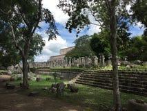 De Ruïnes van Oude Mayan Gebouwen: Chichenitza Stock Afbeelding