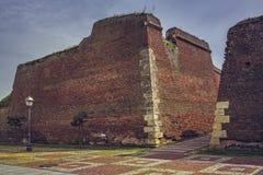 De ruïnes van vestingwerkmuren Stock Fotografie