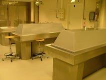 De ruimte van de autopsie Stock Afbeeldingen