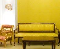 De ruimte van de luxe met vrije ruimte op de muur Royalty-vrije Stock Foto's