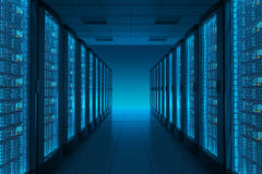 De ruimte van de server in datacenter Stock Foto's